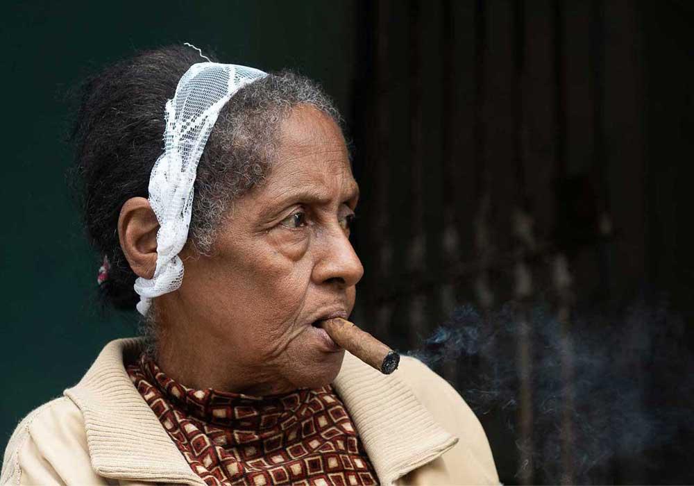 Female Cuban Cigar Smokers