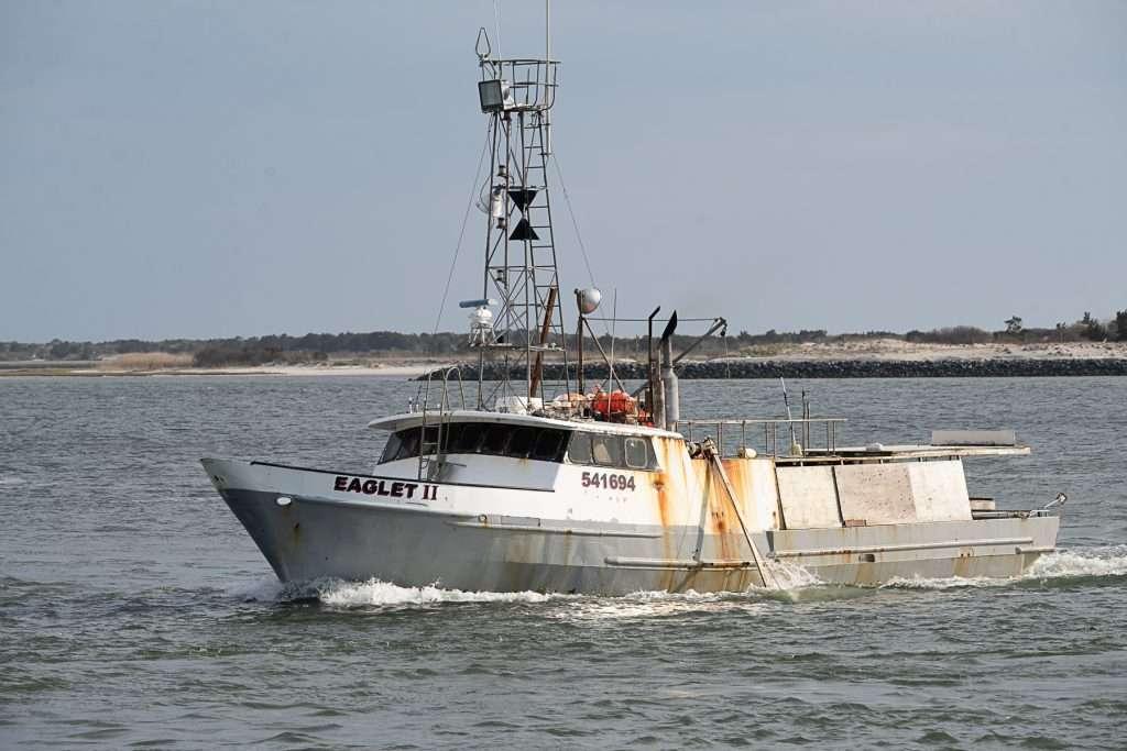 Longline boat
